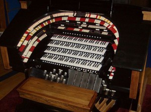 Along with the 4th Infantry Division Band, Jim Calm will be on Colorado's Largest theatre organ.
